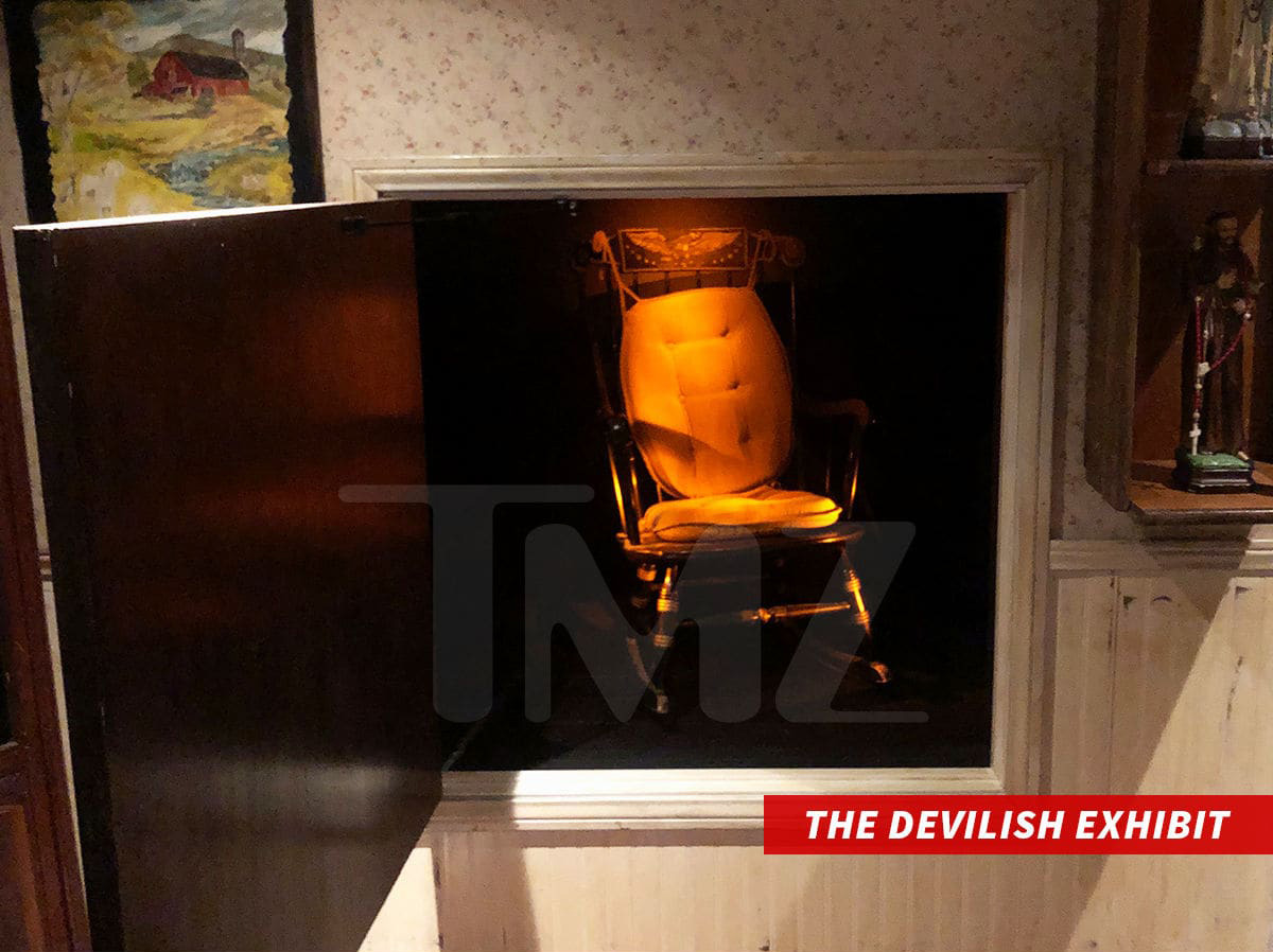 Terrific Devils Chair Blamed For Exhibit Shutdown Skeptical Inquirer Pdpeps Interior Chair Design Pdpepsorg